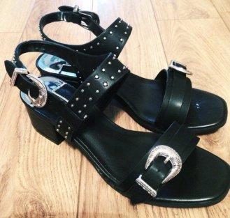 black sandles